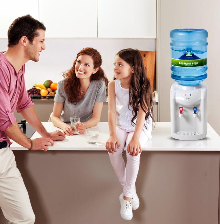 Доставка бутилированной воды в Киеве от Торгового Дома Кодацкая Вода